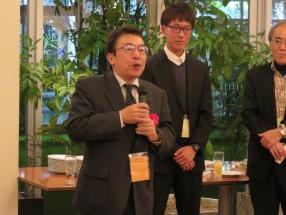(13)閉会の挨拶をする現代福祉学部長:末武教授